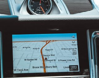 Drive smarter with dynamic route planning