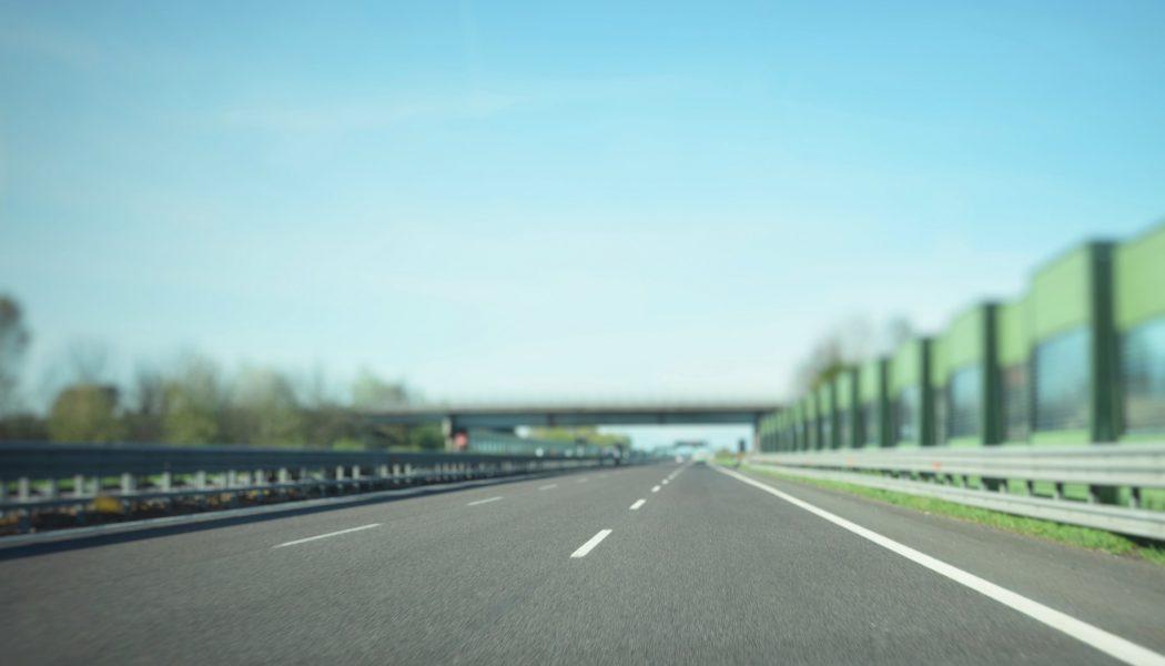 Czech officials consider banning trucks from left lane