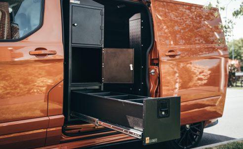 5 Essential Tips to Keep Your Van Organised