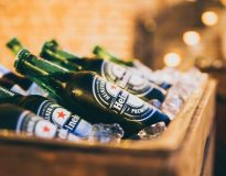 10,000 beer bottles spill from truck onto road