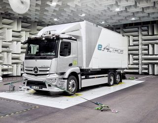 Mercedes-Benz eActros unveils a new battery-powered era