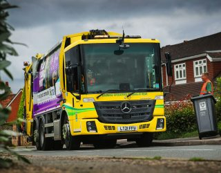 Dacorum Borough Council standardises its refuse collection fleet with 25 reliable and efficient Mercedes Econics